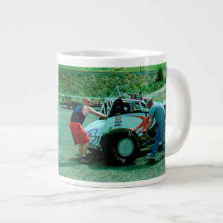 Prenant la voiture prête mug