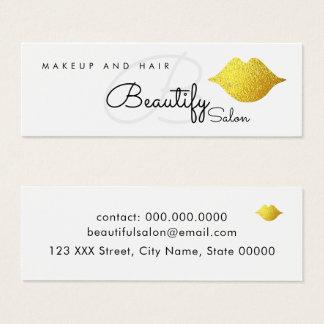 préparez/pour embellir le monogramme de salon avec mini carte de visite