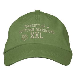 Propriété d'un casquette brodé par limier écossais