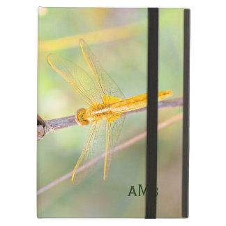 Protection iPad Air Jaune et libellule colorée par or
