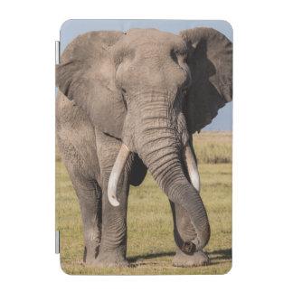 Protection iPad Mini Éléphant dans une pose agressive