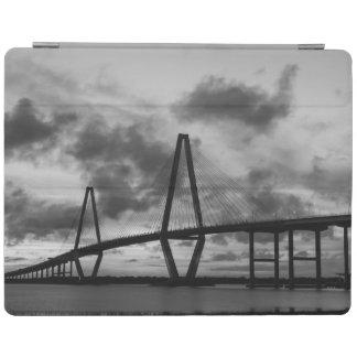 Protection iPad Soirée d'or à la gamme de gris d'Arthur Ravenel