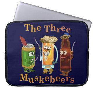 Protection Pour Ordinateur Portable Calembour drôle de bière de trois Muskebeers