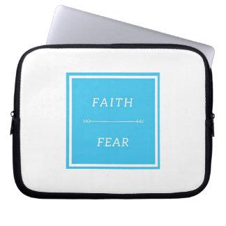 """Protection Pour Ordinateur Portable Foi au-dessus de la crainte 10"""" douille"""