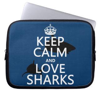 Protection Pour Ordinateur Portable Gardez le calme et aimez les requins (les couleurs
