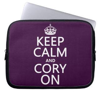 Protection Pour Ordinateur Portable Gardez le calme et le Cory sur (toute couleur)