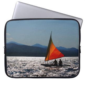 Protection Pour Ordinateur Portable Silhouette de navigation sur la caisse