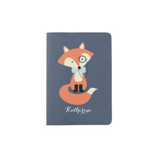 Protège-passeport Fox mignon de hippie avec le monocle et la cravate