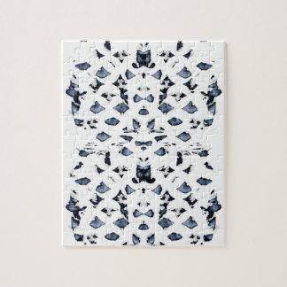 Puzzle bleu de taches