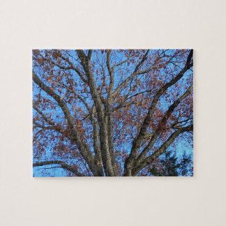 Puzzle Chêne dans un ciel bleu d'automne -