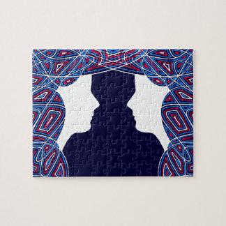 Puzzle Dames rouges, blanches et bleues