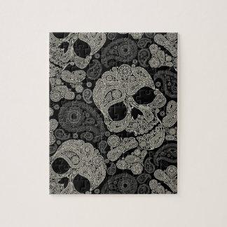 Puzzle de motif d'os croisés de crâne de sucre