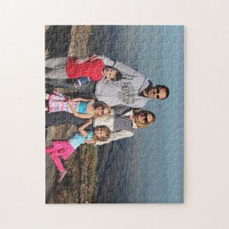 Puzzle Déconcertez avec Chris, Sue et enfants au lac
