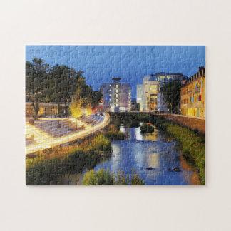 Puzzle Des rives de victoire triomphent à l'heure bleue
