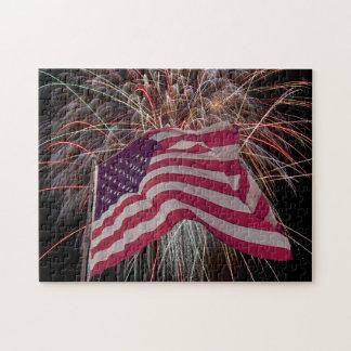 Puzzle Drapeau américain et feux d'artifice
