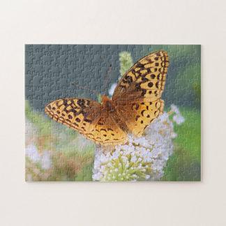 Puzzle Grand papillon orné de paillettes de fritillaire