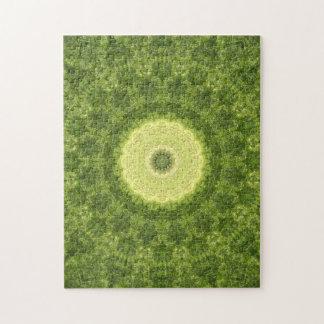 Puzzle Mandala vert et jaune complexe