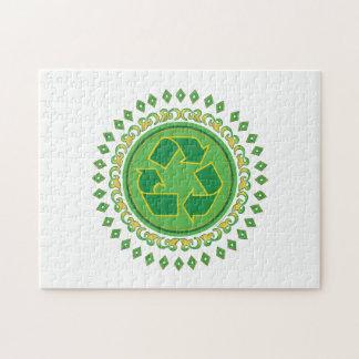 Puzzle Médaillon vert réutilisant le signe