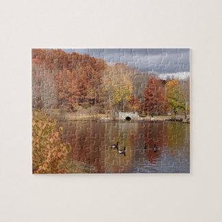 Puzzle Oies dans des couleurs reflétées d'automne -