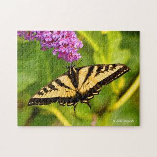 Puzzle Papillon de machaon sur le papillon Bush