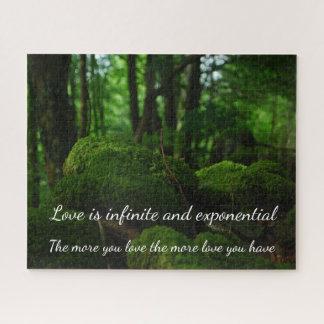 Puzzle Paysage luxuriant de nature de forêt avec tout