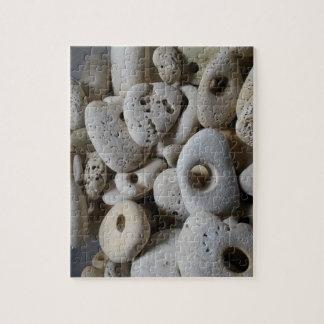 Puzzle Pierres avec des découvertes de plage de trous