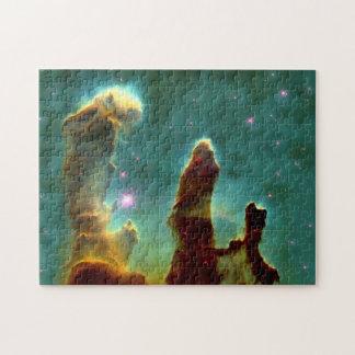 Puzzle Piliers de nébuleuse d'Eagle dans bel Outerspace