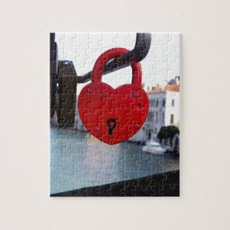 Puzzle serrure d'amour à Venise