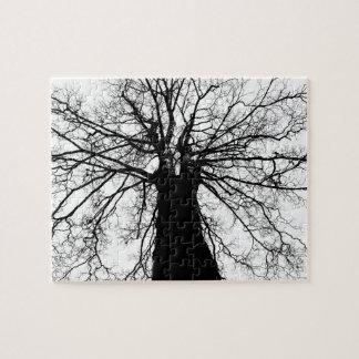 Puzzle Silhouette d'arbre en noir et blanc