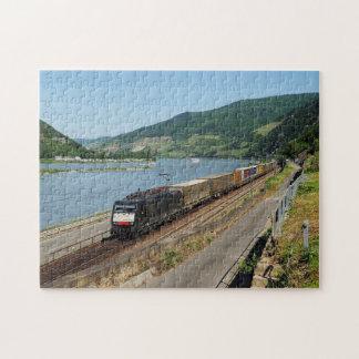Puzzle Train de marchandises dans les Assmanshausen au