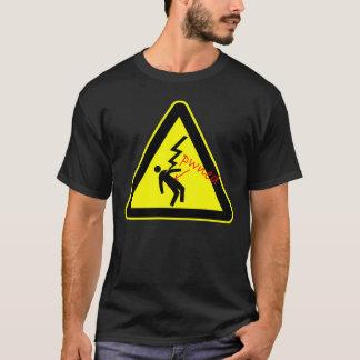 Pwned par le T-shirt à haute tension de signe de