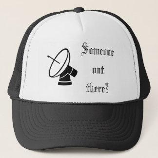 Quelqu'un là casquette