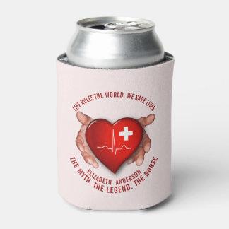Rafraichisseur De Cannettes Infirmier autorisé avec le coeur rouge dans des