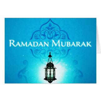 Ramadan Mubarak au bel arrière-plan bleu Carte De Vœux