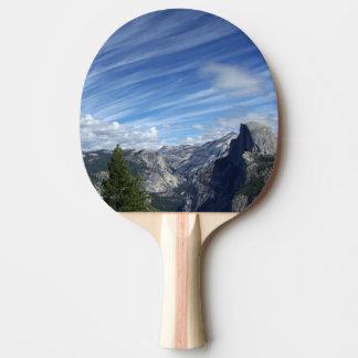 Raquette De Ping Pong Au-dessus de demi de dôme