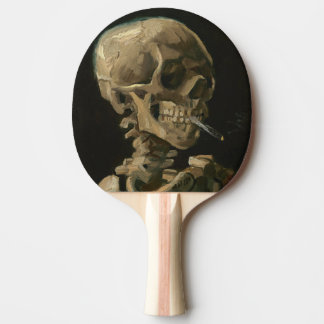 Raquette De Ping Pong Crâne squelettique avec la cigarette brûlante par