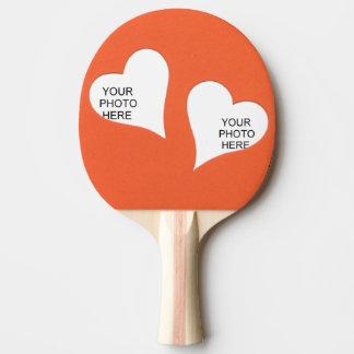 Raquette De Ping Pong Deux coeurs sur l'orange ajoutent la vue de photos