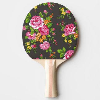 Raquette De Ping Pong Floral vintage avec les roses roses