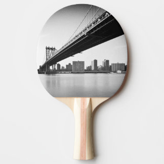 Raquette Tennis De Table Pont de Manhattan et horizon, New York, USA