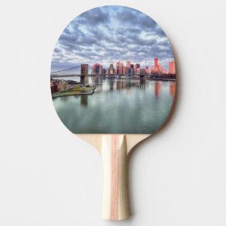 Raquette Tennis De Table Réflexions magnifiques de vue et de ville de matin