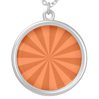 Rayons de soleil en collier orange