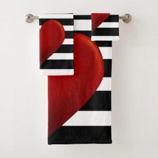 Rayures rouges de blanc de noir de coeur