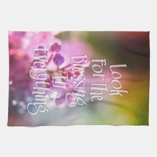 Recherchez la citation de motivation florale de linge de cuisine