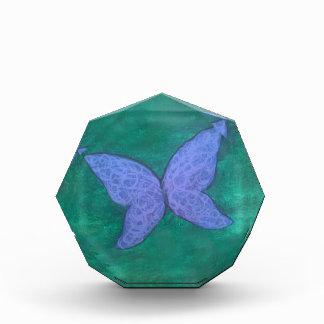 Récompense Ailes vertes pourpres violettes bleues du papillon