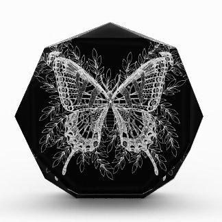 Récompense Conception noire et blanche de papillon