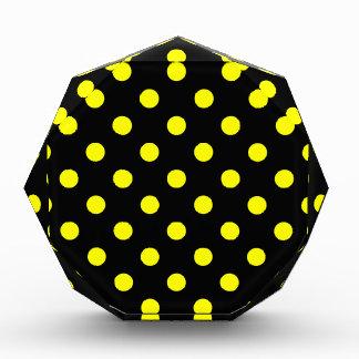 Récompense Pois - jaune sur le noir