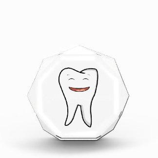 Récompense Une dent très heureuse