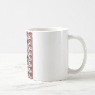 REGARD ROUGE1.png Mug
