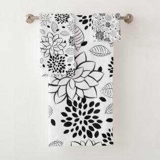 Répétition du motif de fleur noir et blanc