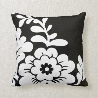 Rétro carreau blanc noir de conception florale coussins carrés